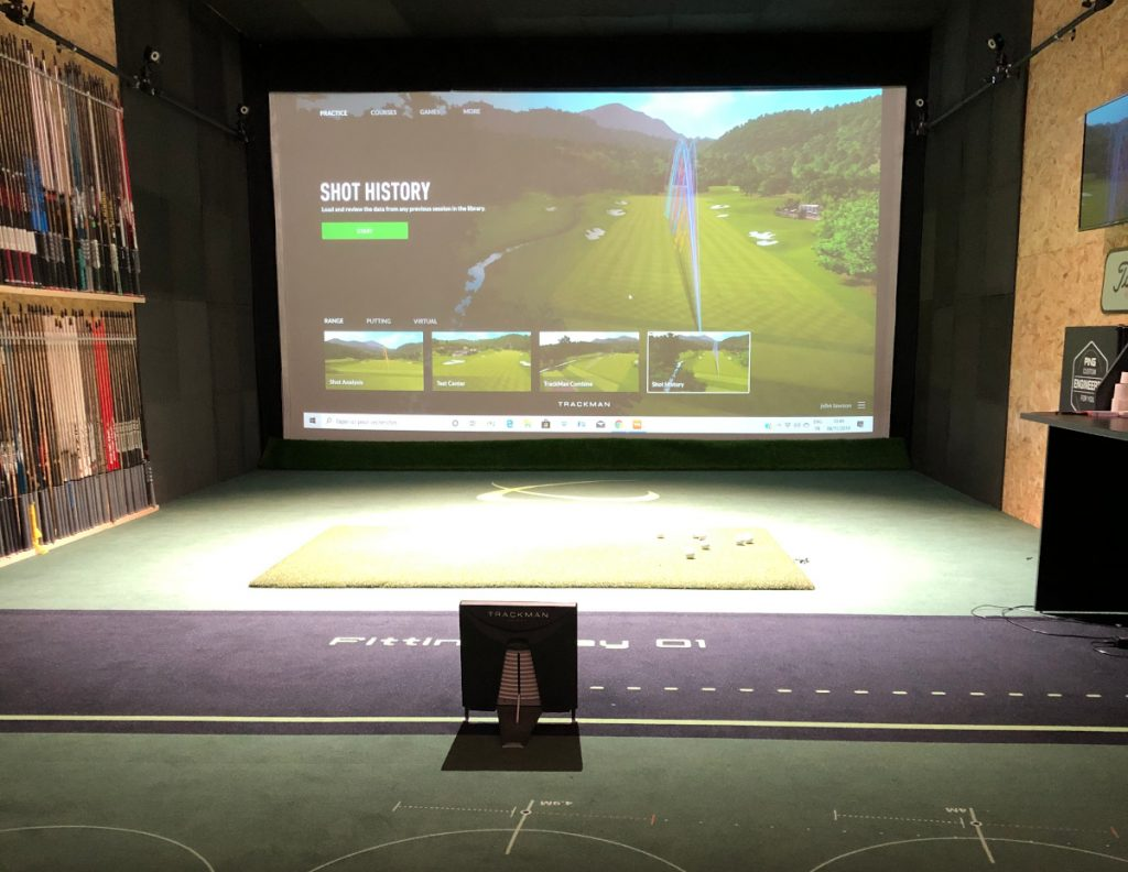 Photo-tracking-simulation-swing