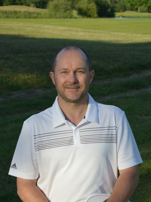 Portraint-sylvain-deroo-sophrologie-golf
